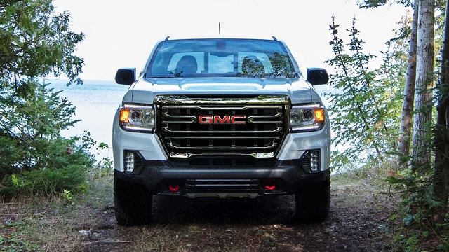 2021 GMC Canyon front