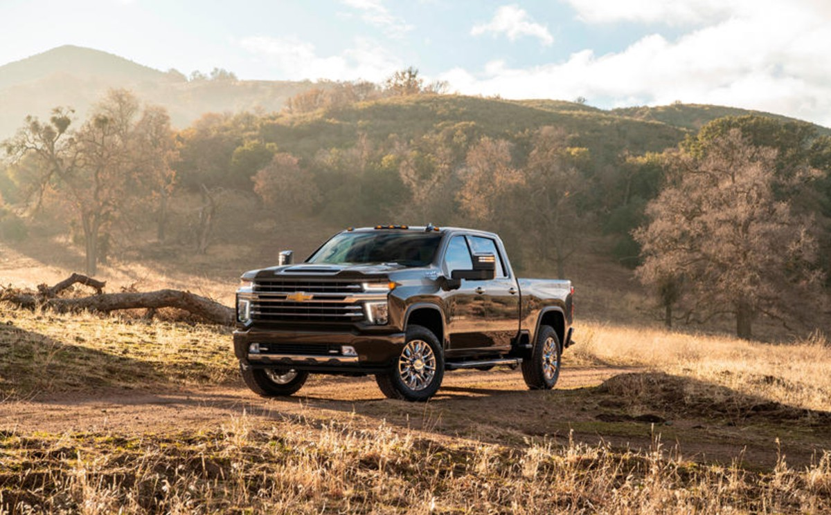 2021 chevrolet silverado hd gets more equipment  21truck