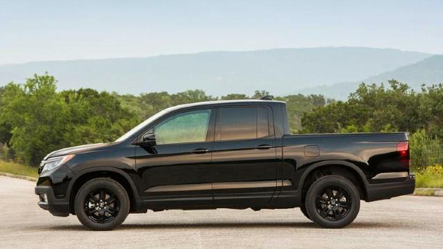 2021 Honda Ridgeline Black Edition facelift
