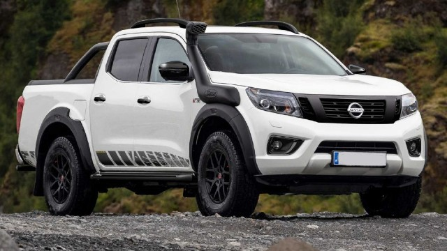 2021 Nissan Navara AT32 specs