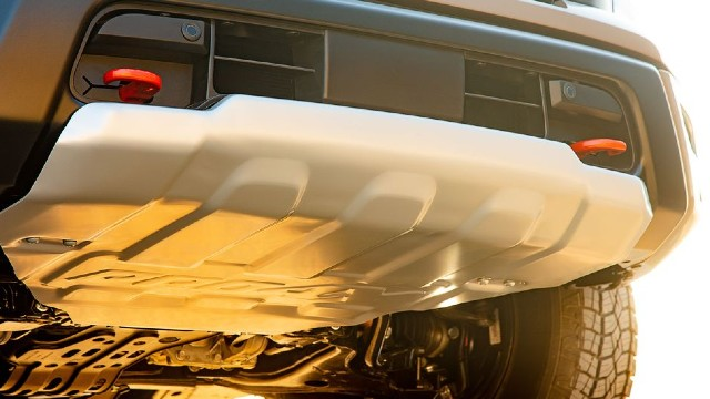 2021 Nissan Titan Pro 4x equipment