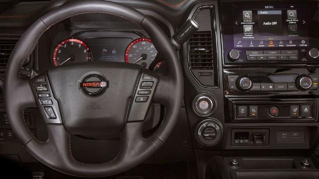 2021 Nissan Titan Pro 4x interior