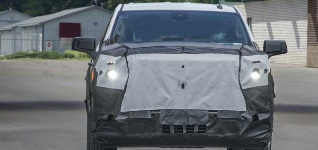 2022 Chevrolet Silverado 1500 front