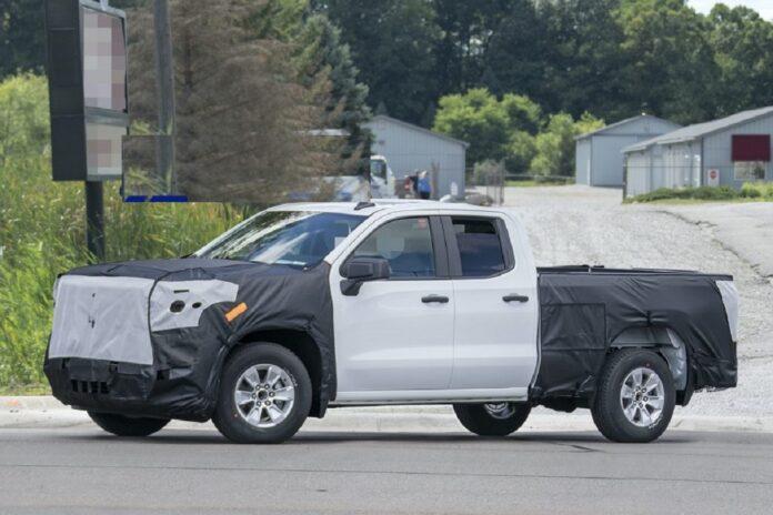 2022 Chevrolet Silverado 1500 side