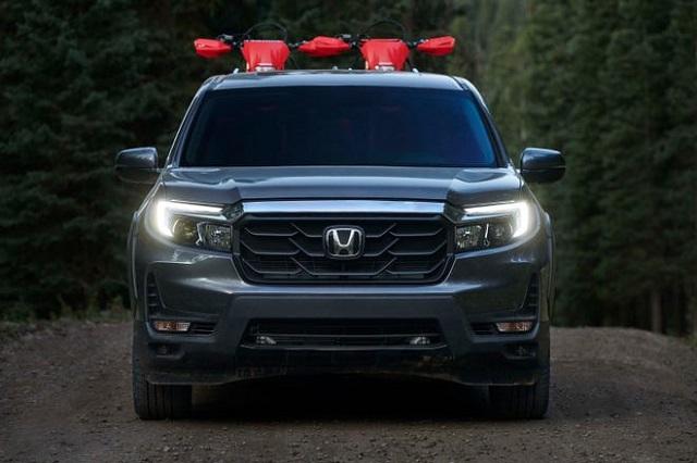 2022 Honda Ridgeline front