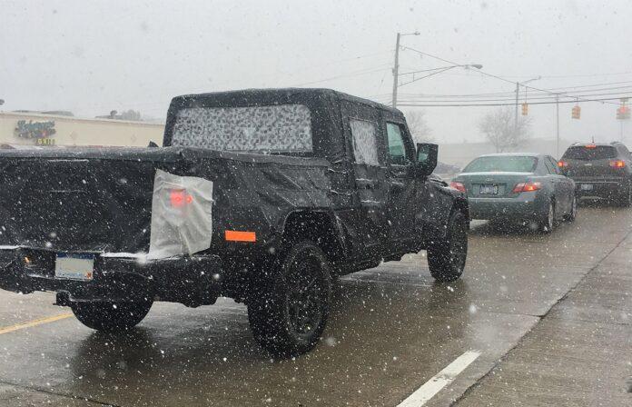 2022 Jeep Gladiator rear