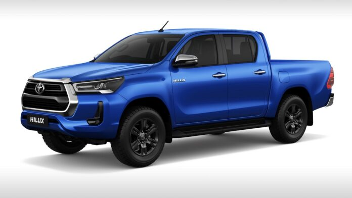 2022 Toyota Hilux front