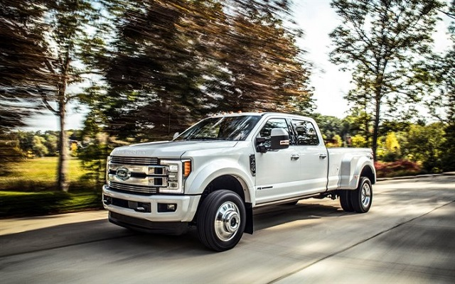 2022 Ford F-450 side