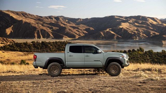 2022 Toyota Tacoma Trail Edition side