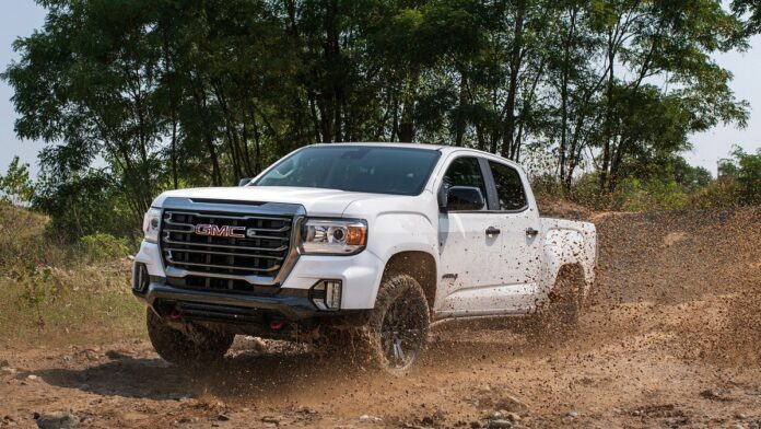 2023 GMC Canyon front